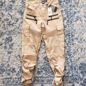 Other - NWT! Cargo khakis